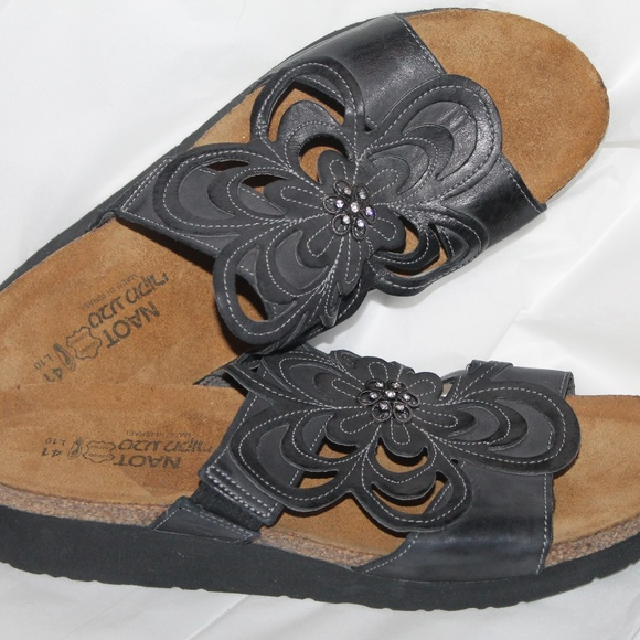 5fd565b705a2 Naot Sandy Slide Sandals Size 41   US 9.5-10